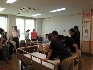 地域合同の楽技介護技術講習270714 (2)